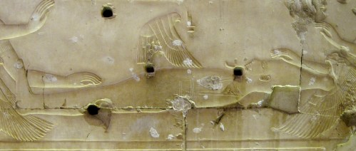 Isis as a kite over the corpse of Osiris. Relief from the temple of Seti I in Abydos. XIX Dynasty. Photo: www.common.wikimedia.org)