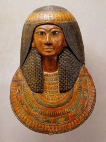Khonsu's funerary mask. XIX Dynasty. Metropoliltan Museum of New York. Photo: www.metmuseum.org