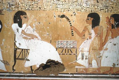 The sem priest is making the Opening of the Mouth ceremony on the dead's image, in front of him the make-up for Udjat eye as final offering. Painting from the tomb of Inerkha in Deir el-Medina. XIX Dynasty. Photo: www.osirisnet.net