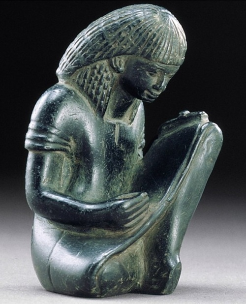 Scribe. XVIII Dynasty. Detroit Institute of Arts. Photo: www.dia.org