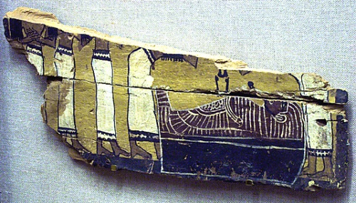 In this fragment of a coffin from Thebes the decoration shows a part of the mourning ritual, which was one of the main practices in the funerary ceremony of ancient Egypt.