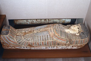 Rishi coffin. Both views with both funerary scenes. XVII-XVIII Dynasty. Thebes. Funerary ceremony in Ancient Egypt.