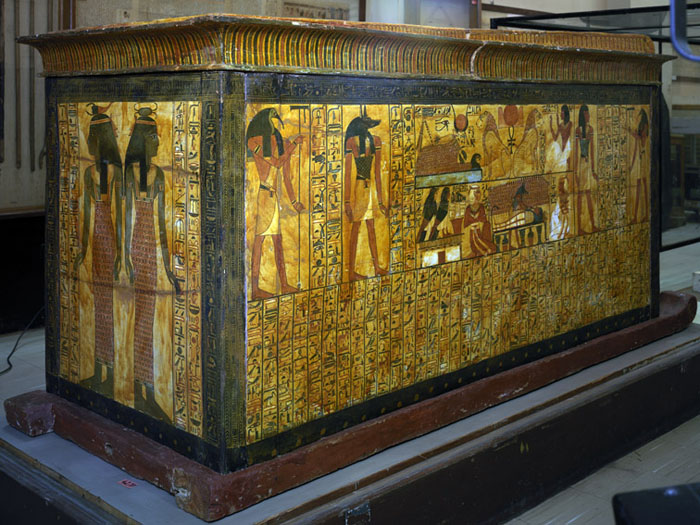 Isis, Nephtys, Neith and Serket. Four Divine Egyptian Mourne Coffin-of-khonsu-sennedjems-son-neith-and-serket-at-the-feet-end-xix-dynasty-ancient-egypt