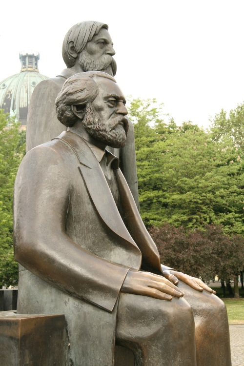 Marx and Engels. Berlin. Reflexions about the art in Ancient Egypt